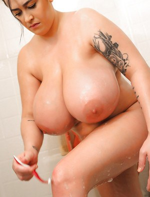 Huge Boobs In Bath Pics